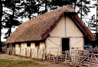 Typical_Medieval_Farm_House