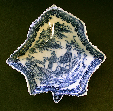 Caughley  Pickle leaf dish Underglaze blue transfer print c1780-95