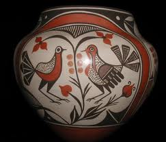 Fine Pueblo pot with birds