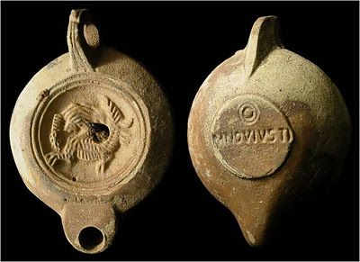 Roman Oil lamp Ceramic.