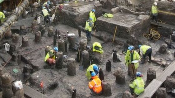 Entire Streets of London Uncovered.